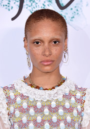 Adwoa Aboah kept it natural with her close-cropped 'do and makeup-free face at the Serpentine Galleries Summer Party.