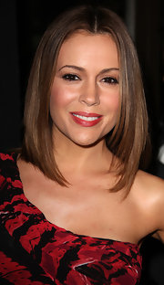 Alyssa Milano showed off a sleek center part straight cut at the 'Family Guy: It's A Trap' party.
