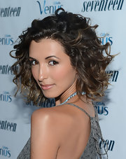India's short ombre curls are positively perfection!