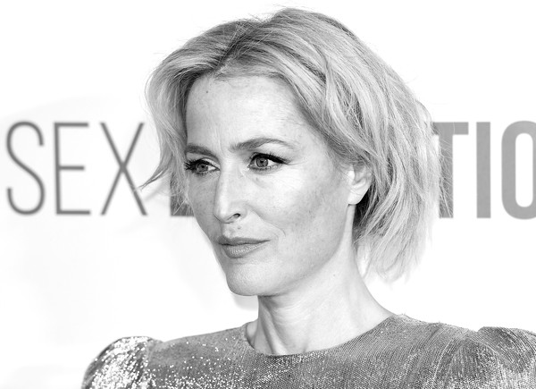 More Pics of Gillian Anderson Box Clutch (1 of 14) - Gillian Anderson Lookbook - StyleBistro [image,hair,face,hairstyle,eyebrow,skin,chin,blond,nose,lip,beauty,red carpet arrivals,gillian anderson,england,london,genesis cinema,sex education season 2 world premiere,gillian anderson,sex education,dana scully,photograph,actor,photography,image,netflix]