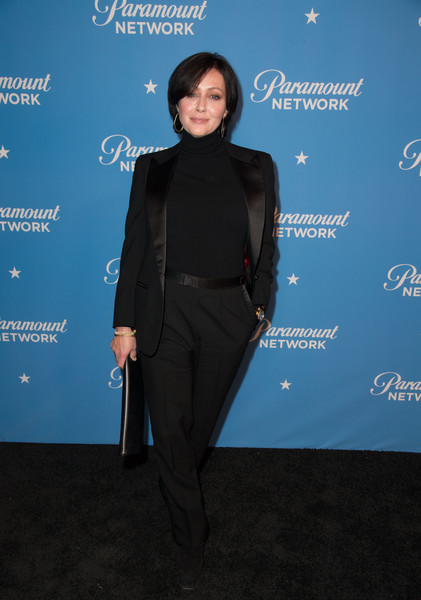 Shannen Doherty Pantsuit [clothing,formal wear,suit,electric blue,outerwear,pantsuit,carpet,dress,tuxedo,event,arrivals,shannen doherty,actor,prue halliwell,clothing,wear,suit,los angeles,california,paramount network launch party,shannen doherty,charmed,prue halliwell,2018,heather duke,television,united states of america,phoebe halliwell,actor,2017]