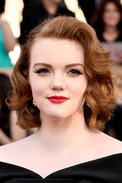 Shannon Purser Curled Out Bob [hair,face,lip,hairstyle,eyebrow,chin,beauty,skin,brown hair,long hair,arrivals,shannon purser,screen actors guild awards,los angeles,california,the shrine auditorium]