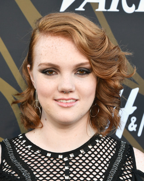 Shannon Purser Short Curls [hair,face,hairstyle,eyebrow,blond,chin,lip,brown hair,beauty,forehead,variety power of young hollywood - arrivals,tao hollywood,los angeles,california,shannon purser]