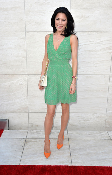 More Pics of Jaime Murray Print Dress (1 of 11) - Jaime Murray Lookbook - StyleBistro
