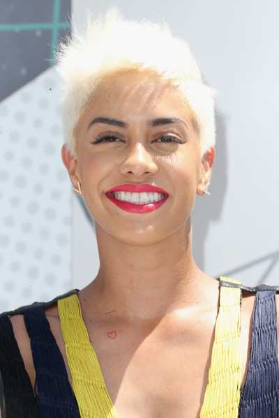 Sibley Scoles Fauxhawk [hair,face,lip,eyebrow,blond,hairstyle,skin,chin,beauty,head,arrivals,sibley scoles,bet awards,tv personality,theater,los angeles,california,microsoft]