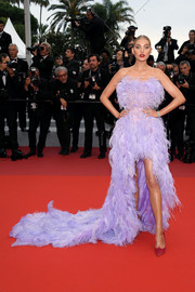 Elsa Hosk got dolled up in a strapless lavender feather gown by Alberta Ferretti for the 2019 Cannes Film Festival screening of 'Sibyl.'