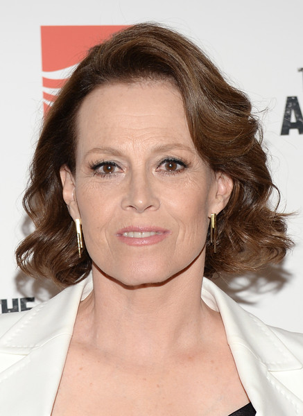 Sigourney Weaver Curled Out Bob [the assignment,hair,face,hairstyle,eyebrow,chin,shoulder,skin,forehead,brown hair,lip,sigourney weaver,screening - arrivals,screening,new york,whitby hotel]