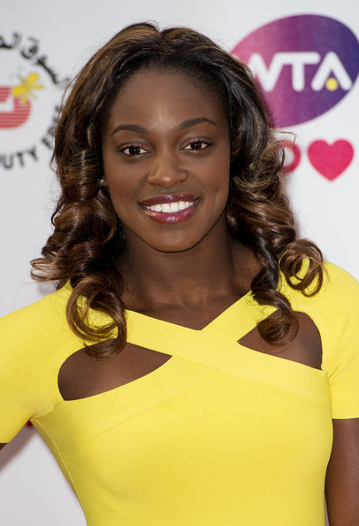 Sloane Stephens Medium Curls