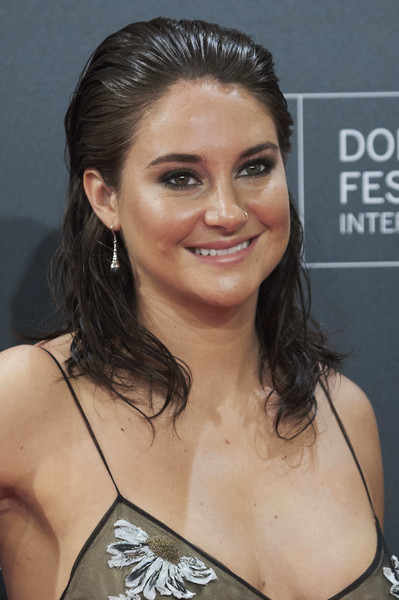 Shailene Woodley attended the San Sebastian Film Festival premiere of 'Snowden' rocking a slicked-back wet-look hairstyle.