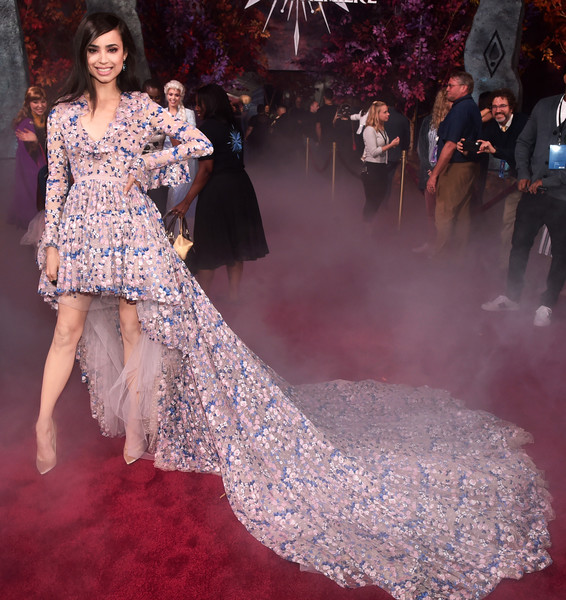 Sofia Carson Evening Pumps [frozen 2,red carpet,fashion model,dress,clothing,carpet,gown,fashion,premiere,haute couture,flooring,sofia carson,hollywood,california,dolby theatre,disney,world premiere,world premiere]