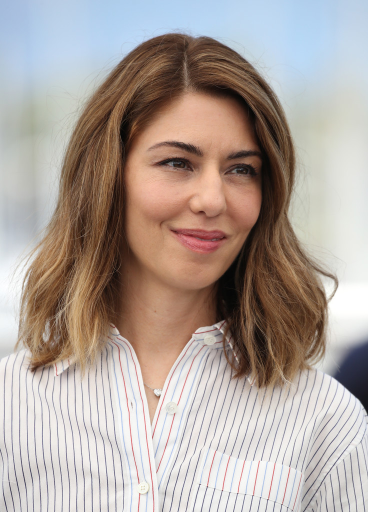 Sofia Coppola Medium Wavy Cut Hair Lookbook Stylebistro