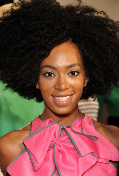 Solange Knowles Short Curls [hair,hairstyle,face,afro,jheri curl,beauty,black hair,forehead,ringlet,lip,solange knowles,afro,hair,jheri curl,hairstyle,face,hair,lincoln center,new york city,mercedes-benz fashion week,solange,plastic surgery,surgery,photograph,hair coloring,afro,breast,image,hair,jheri curl]