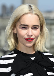 Emilia Clarke sported a center-parted bob with flippy ends at the 'Solo: A Star Wars Story' photocall in London.