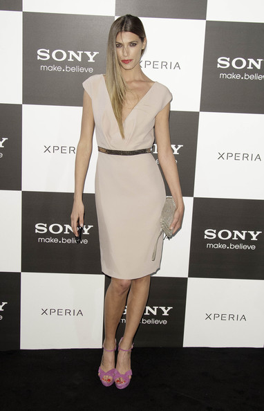 Laura Sanchez opted for a classic and sophisticated look with this nude dress.
