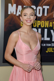 Sydney Sweeney wore an elegant diamond ring and matching earrings at the LA premiere of 'Once Upon a Time...in Hollywood.'