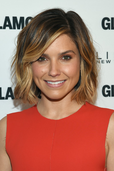 Sophia Bush Short Wavy Cut [the power of an educated girl,the power of an educated girl,hair,face,hairstyle,eyebrow,shoulder,chin,blond,brown hair,hair coloring,layered hair,michelle obama,glamour hosts,sophia bush,panel,girl project,the apollo theater,new york city,glamour]
