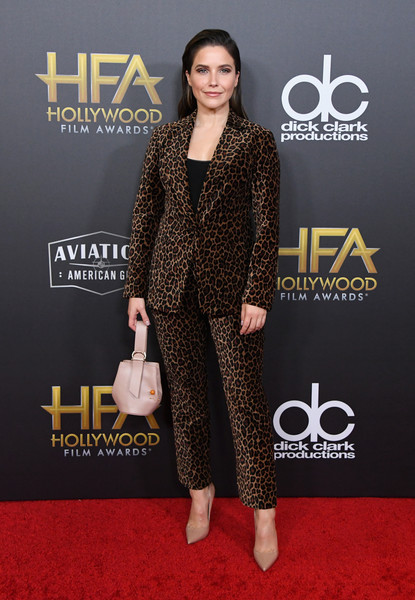 Sophia Bush Pantsuit [clothing,red carpet,carpet,premiere,suit,fashion,formal wear,footwear,flooring,dress,the beverly hilton hotel,beverly hills,california,22nd annual hollywood film awards - arrivals,annual hollywood film awards,sophia bush]