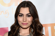 Sophie Simmons Long Wavy Cut