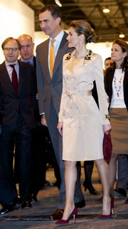 Princess Letizia attended the ARCO Contemporary Art Fair looking very polished in a nude trenchcoat with an embellished collar.