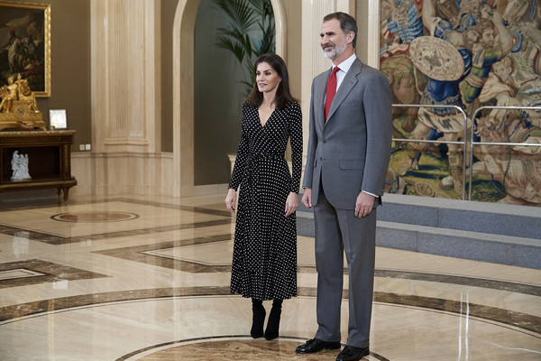 More Pics of Queen Letizia of Spain Wrap Dress (1 of 26) - Queen Letizia of Spain Lookbook - StyleBistro