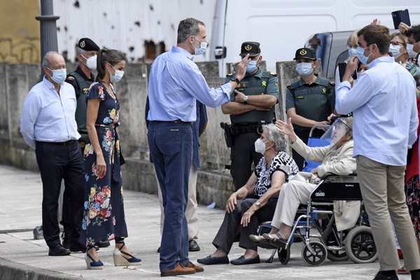 More Pics of Queen Letizia of Spain Wedges  (1 of 96) - Queen Letizia of Spain Lookbook - StyleBistro [product,people,wheelchair,event,pedestrian,tourism,baby products,street,baby carriage,white-collar worker,felipe,letizia,royals,wheelchair,spain,cantabria,spanish,trip,tour,tour,wheelchair,car,health,crowd,recreation,event,beauty.m,beauty]