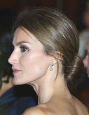 Princess Letizia pulled her tresses back in a romantic low bun for the United States-Spain Council Forum dinner.