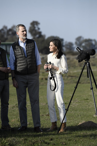 Queen Letizia of Spain hit the outdoors wearing a simple white button-down shirt by Mango.