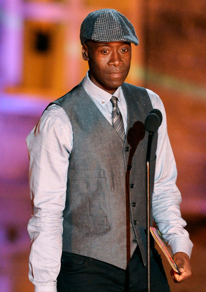 Don Cheadle showed off a cool newsboy cap which he paired with a matching vest.
