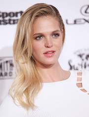 Erin Heatherton wore her blonde locks casually swept to the side when she attended the Sports Illustrated Swimsuit 2016 celebration.
