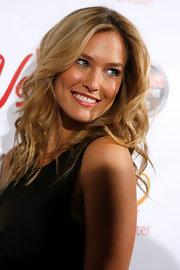 Bar Refaeli sported tousled curls for the 'Sorts Illustrated' swimsuit launch.