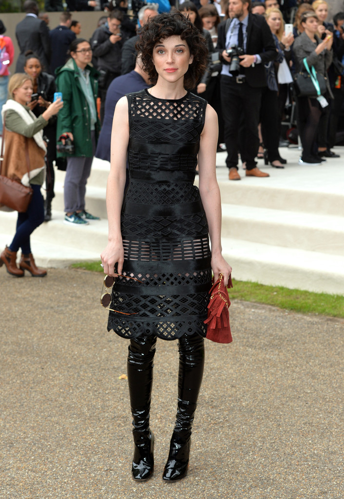 pictures Burberry to show at London Fashion Week