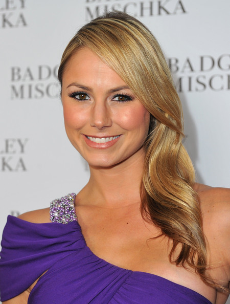 More Angles of STACY KEIBLER Long Straight Cut - StyleBistro
