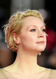Gwendoline Christie sported a messy bob at the European premiere of 'Star Wars: The Last Jedi.'