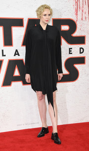 Gwendoline Christie added a masculine-chic touch with a pair of black patent oxfords.