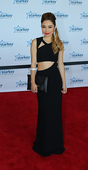 Jessica Sanchez showed off her slim figure with a black abstract cutout gown.