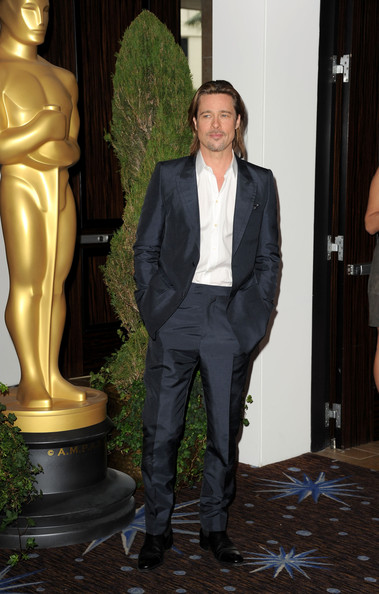 Brad Pitt looked dapper sans tie in this gray suit with a sheen at the Oscar nomination lunch.
