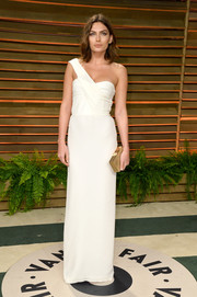 Alyssa Miller looked divine in a white one-shoulder gown by Burberry during the Vanity Fair Oscar party.