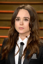 Ellen Page rocked a mussed-up wavy 'do at the Vanity Fair Oscar party.
