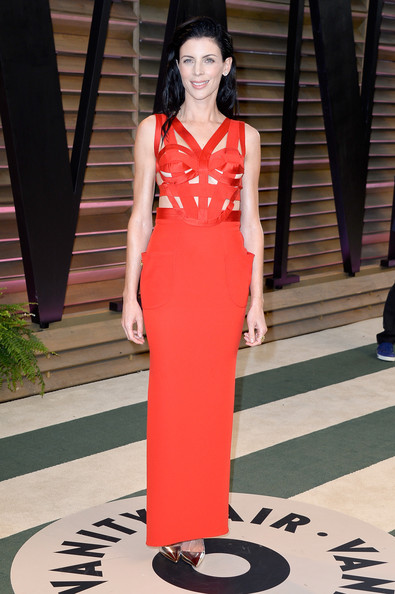 More Pics of Liberty Ross Long Wavy Cut (1 of 4) - Liberty Ross Lookbook - StyleBistro