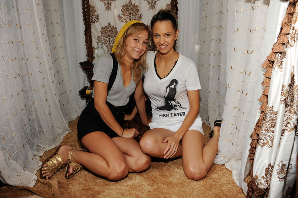 Stella Maeve Gladiator Sandals [sitting,leg,fun,thigh,long hair,photography,smile,stomach,family,actresses,stella maeve,r,marnette patterson,dpa pre-emmy gift lounge,dpa gift lounge,beverly hills,california,peninsula hotel,l]
