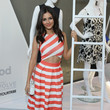 Look of the Day: Victoria Justice Cute in Coral Stripes