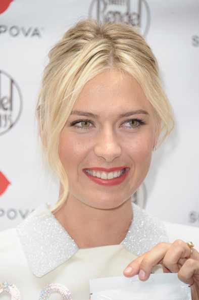 More Pics of Maria Sharapova French Twist (1 of 28) - French Twist Lookbook - StyleBistro