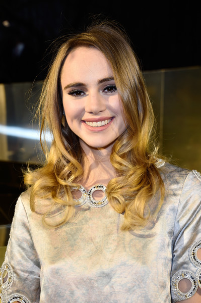 Suki Waterhouse Long Curls