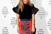Suki Waterhouse Pencil Skirt