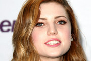 Sydney Sierota Medium Wavy Cut