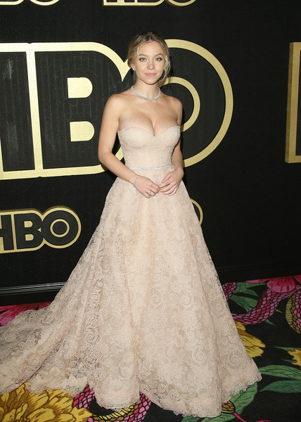 Sydney Sweeney Strapless Dress [gown,dress,clothing,hair,carpet,red carpet,bridal party dress,shoulder,flooring,hairstyle,gown,sydney sweeney,post emmy awards,wedding dress,red carpet,fashion,pacific design center,hbo,reception,post emmy awards reception,pacific design center,wedding dress,fashion,gown,red carpet,haute couture,stx it20 risk.5rv nr eo,formal wear]
