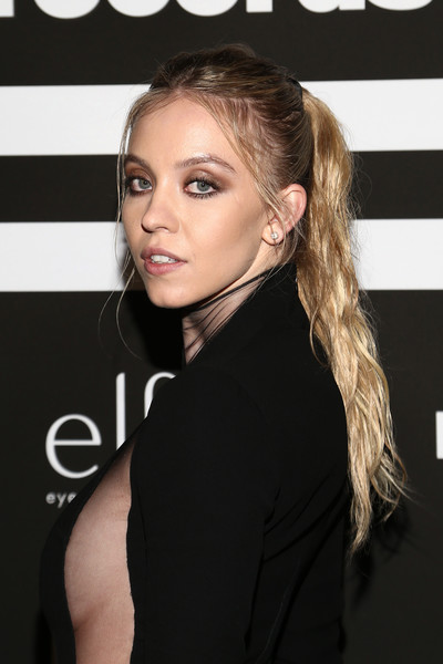 Sydney Sweeney Ponytail [hair,face,hairstyle,eyebrow,beauty,blond,long hair,chin,lip,brown hair,arrivals,sydney sweeney,grammy,california,republic records,hotel west hollywood,party,sydney sweeney,grammy awards,euphoria,latin grammy awards of 2017,cassie howard,celebrity,milan fashion week,photograph,image,republic records]