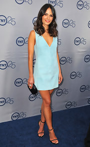 Jordana Brewster may have stuck to a simple mini dress, but with this fun aqua color her look was anything but boring.