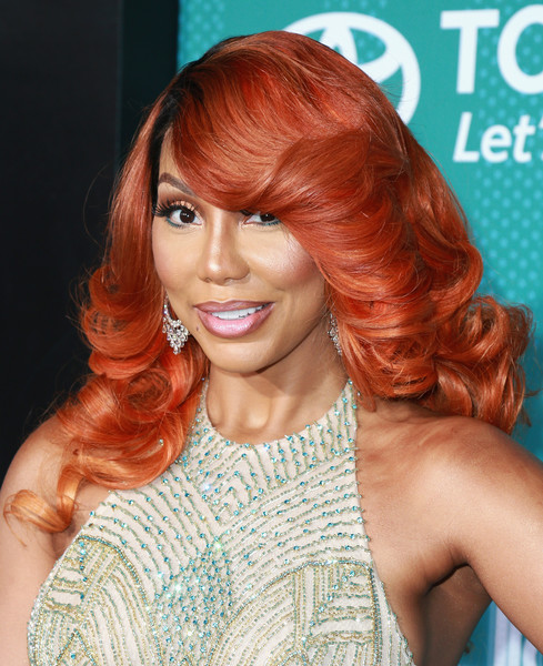 Tamar Braxton Feathered Flip [hair,face,hairstyle,hair coloring,blond,brown hair,beauty,chin,red hair,eyebrow,carpet,arrivals,tamar braxton,bet presents: 2017 soul train awards,las vegas,nevada,orleans arena,bet]