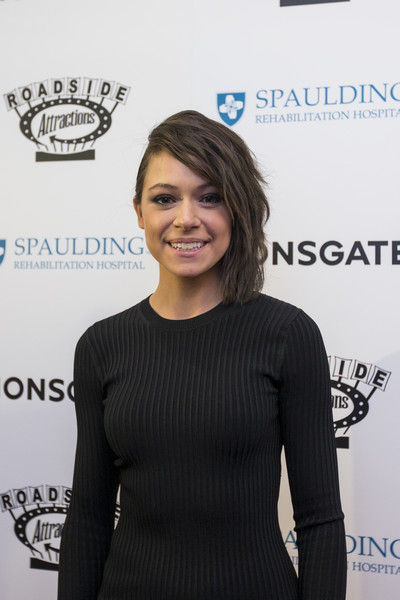 Tatiana Maslany Medium Wavy Cut